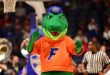 Florida soccer, volleyball both take down No. 1-ranked teams in the same night