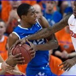 Florida holds on to top Kentucky 70-68 in thriller