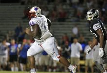 Florida gains commitment from massive three-star defensive tackle