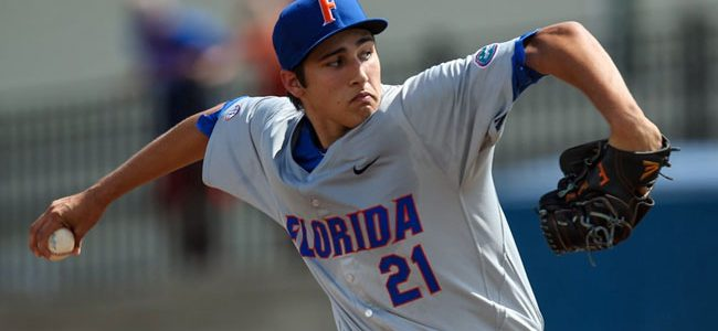 Florida knocks off TCU, advances to 2017 College World Series Championship Series