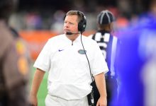 Florida coach Jim McElwain fails to clarify death threat comments when given chance