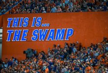 LISTEN: Mick Hubert loses it calling Swamp an 'insane asylum' on Florida's clutch pick six