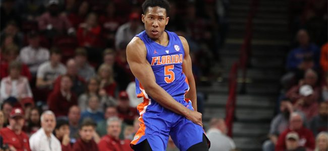 Florida basketball score: Gators collapse again but hold on to beat Arkansas