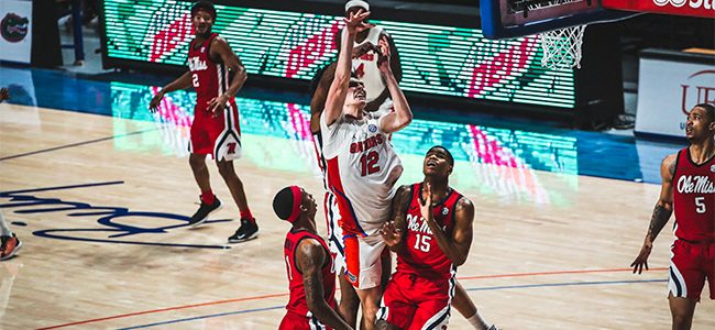 Florida basketball star Colin Castleton to test 2021 NBA Draft waters as Gators' roster thins