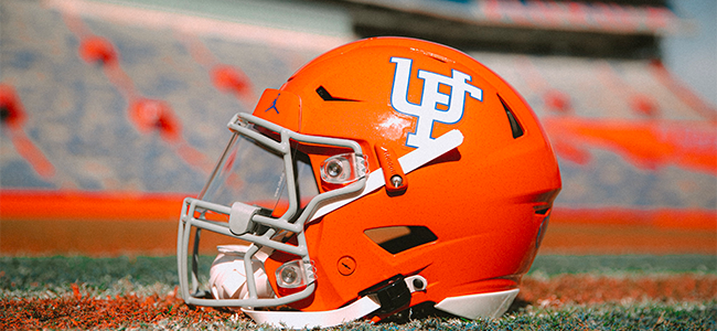 LOOK: Florida Gators unveil orange throwback helmets as part of special uniform for 2021 homecoming game
